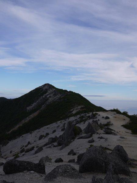 南御室小屋~薬師岳~観音岳~地蔵岳~青木鉱泉へ
