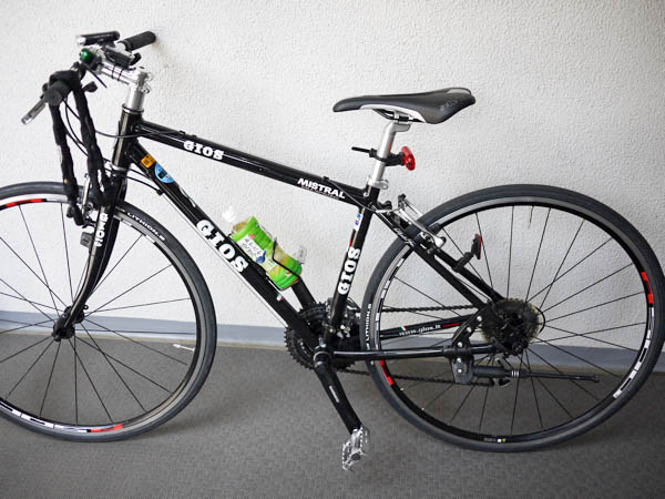 ストレートハンドルのクロスバイク
