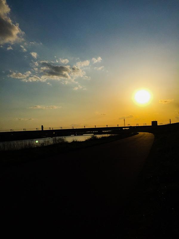荒川サイクリングロードの夕焼け