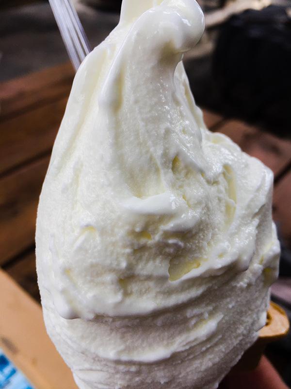 荒川サイクリングロードの休憩所として有名な榎本牧場のジェラートアイスは美味しい