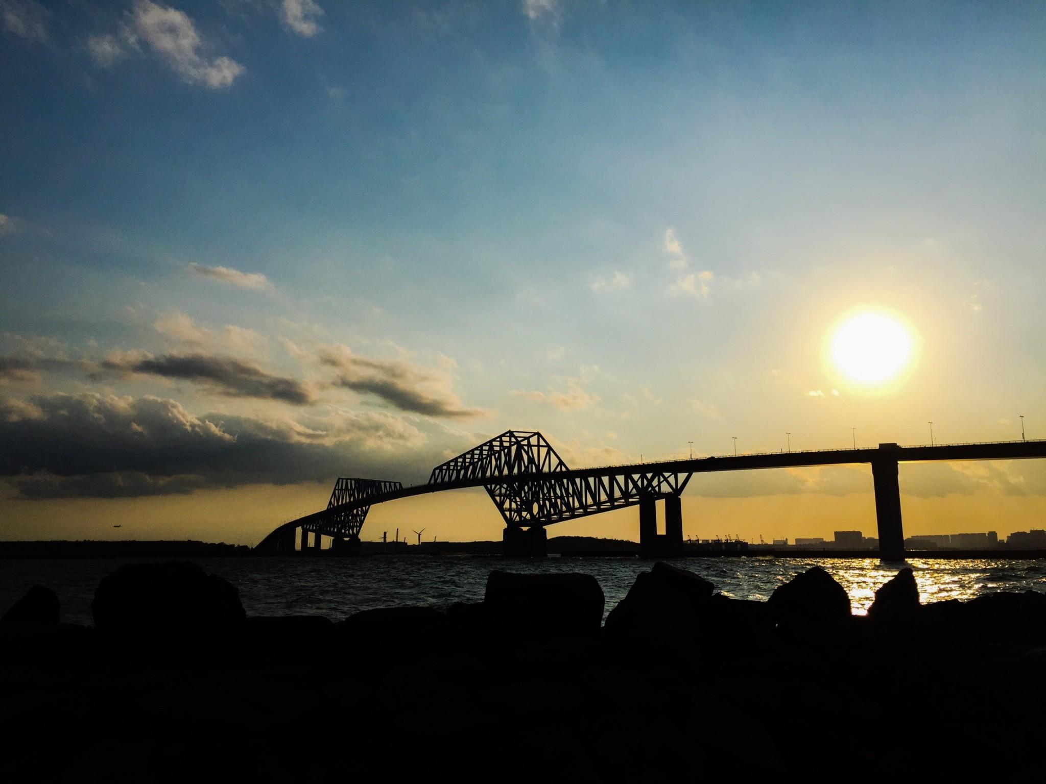 東京ゲートブリッジが見える夕焼け